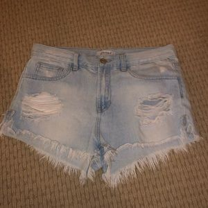 Urban outfitters distressed ripped jean shorts!